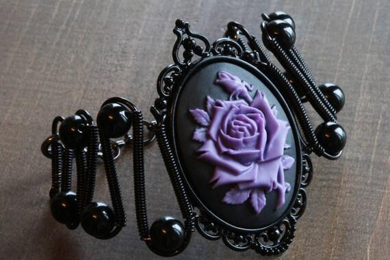 Rose bracelet, Gothic Chic Jewerly - Bracelet - Purple and Black Rose Cameo
