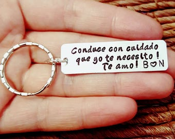 Personalized Keychain, Conduce con cuidado, Boyfriend Gift, Aluminum, Couples Keychain, Engraved Keychain, Husband Gift, Boyfriend Gift