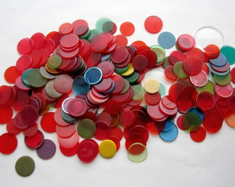 200 pieces vintage game pieces mahjong ? plastic wafer disks mostly translucent mostly red 15mm to 21mm