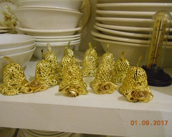 Lot of 12 Gold plastic small bells for decorating with