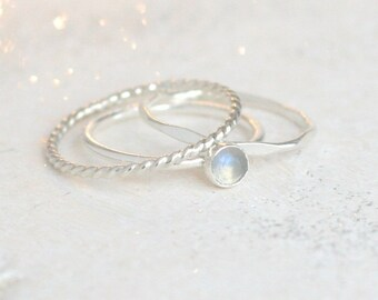 moonstone stacking ring SET / stackable rings. gemstone ring. minimalist rings. round rainbow moonstone. sterling silver stacking ring set.