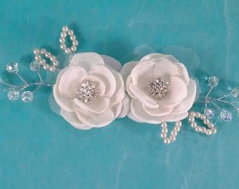 Bridal hair flower set, Ivory, Rose hair pin, set  K260 - beaded bridal hair vine accessory