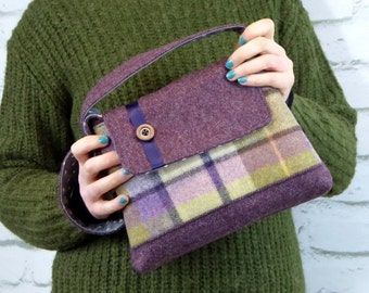 Woollen shoulder bag with button and ribbon detailing, Plaid wool bag, Tartan bag, Plaid bag, Unique shoulder bag in tartan wool.