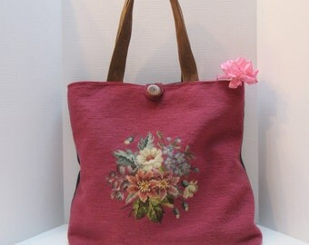 Large Vintage Floral Needlepoint Handbag Tote Purse