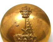 "1800s Livery BUTTON, Castle fire basket 15/16"". Made in London."