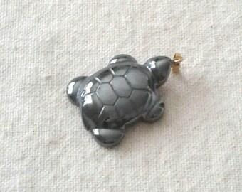 28 x 22 mm Hemalyke Turtle Pendant with Bail