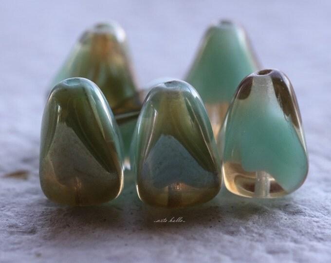 CHAMPAGNE MINT PEAKS .. 6 Czech Glass Drop Beads 12x10mm (5482-6)