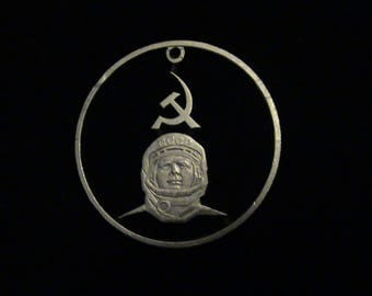 RUSSIA - cut coin jewelry - YURI GAGARIN - First Man in Space - 1981
