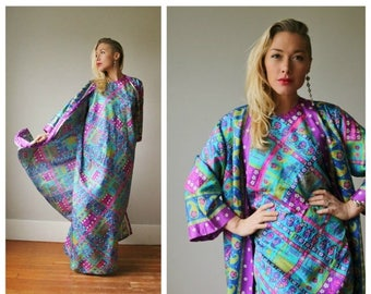 SPRING SALE 1970s Vibrant Nordstrom Kaftan Dress~Size Small to Medium