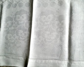 Tablecloth White Damask Linen Pansy pattern, 1920s vintage medium size tea table formal dining center topper