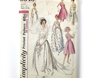 1960s Vintage  - AUDREY Style WEDDING Gown with Detachable Train - Bridesmaid - Simplicity 5343 - UNCUT / Size 11