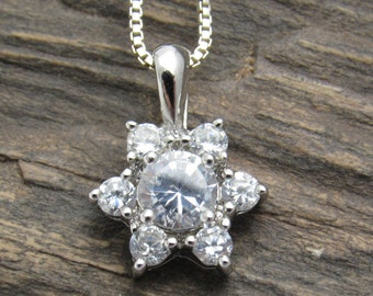 Sterling Flower Necklace CZ Pendant Vintage Jewelry N7637