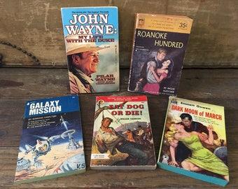 Wholesale lot of 1940s pulp fiction books / 5 40s pulp fiction novels / kitsch ephemera