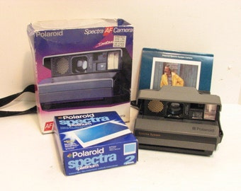 Vintage Polaroid Spectra AF Camera in BOX w/ Film Instamatic Polaroid Camera