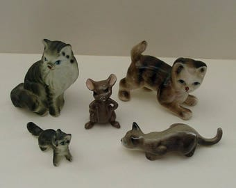 Miniature Cat and Mouse Figurines (4) Kittens + (1) Mouse Lot of 5 Porcelain China Figural Mini Knick Knacks Excellent Condition