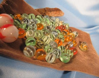 ANTIQUE MARBLES in CLOTH Sack,Classic Cats Eye Marbles in cloth Sack 64 solid colored glass antique marbles,Collection of Banana Marbles