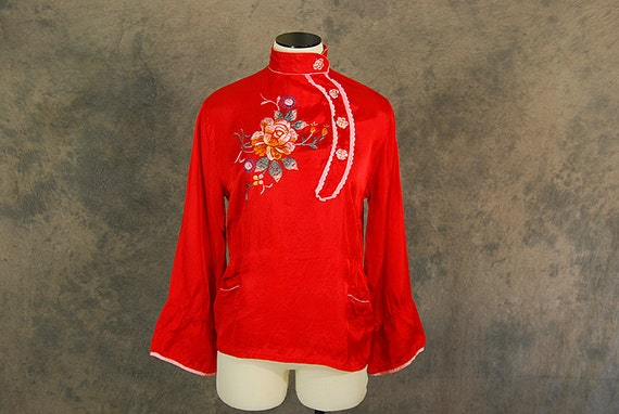 vintage 40s Pajama Shirt - Asian Embroidered Red Silk Blouse - 1940s Oriental Lounge Top Sz M As Is