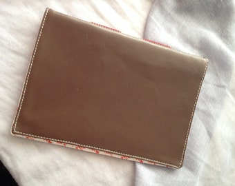 Pocket Knitbook - Brown Sprig - Crafter's Squared Notebook for Quilters, Dressmakers, Knitters and Crocheters
