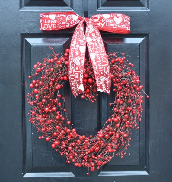 Heart Shaped Wreath- Valentine's Day Wreaths- Ready to Ship- Heart Decorations- Valentines Day- I love you- Valentines Gift- Wedding Day