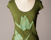 HOLIDAY SALE womens shirt, paper crane shirt, origami shirt, good luck gift