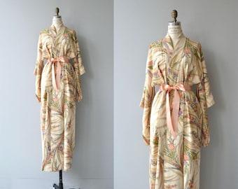 Fezaringu silk kimono | vintage floral print kimono | vintage silk kimono robe