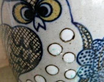 Vintage Owl Mug, 1970s Owl Mug, Owl Ceramic Mug, Stoneware Coffee Cup, Blue Owls, Dotted Owls Cup, Vintage Mug, Blue and White Pottery Mug