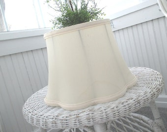 Vintage Lampshade * Lamp Shade * Scalloped * Shabby Cottage