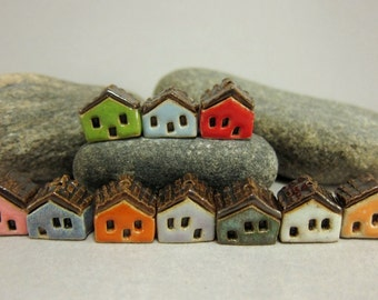 5 miniatur haus charms von elukka auf etsy. Black Bedroom Furniture Sets. Home Design Ideas