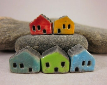 5 Saggar Fired Miniature House Beads...Red Yellow Blue Green Turquoise Blue