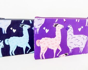 Fabric Pouch, Zipper Pouch. Coin Purse, Small Wallet, Change Purse, Cute Pouch, Valentine's Day Gift, Llamas & Alpacas in Love, Gift for Her