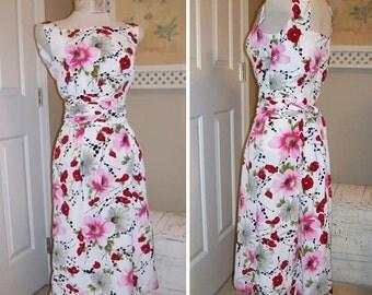 1950s Style Dress - Classic 50s Dress -  Pin up Dress - Cummerbund Sash - Poppy Print Dress - 50s Floral Dress - Handmade USA Dress
