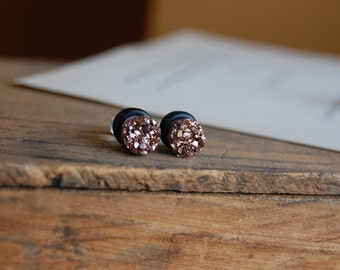 4g (5mm) or 2g (6mm) Rose Gold Faux Druzy Rough Crystal Plugs for stretched earlobes. Druzy gauges.