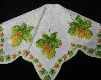"Vintage 15"" Scalloped Fall Autumn Leaves Leaf Floral Wedding Favor, Craft Handkerchief - 9793"