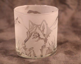 Wolf Mountain Candle holder 4 inch tall