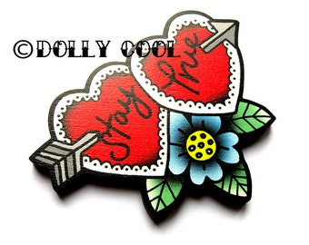 Stay True Sweetheart Brooch by Dolly Cool 40s 50s Reproduction Vintage Style Novelty Wooden Pin WW2