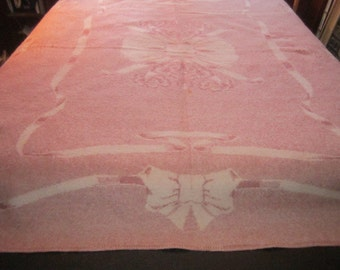 Vintage 1930s/40s Thick Wool Blanket with Ribbon and Bow Design