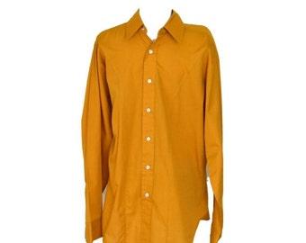 Sale Mens Shirt Vintage 70s Mach II by Arrow  L 44 Chest