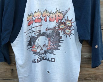 Perfectly worn ZZ Top Deguello 1980 t-shirt MEDIUM