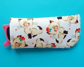 Kawaii Eyeglasses Case Sunglasses Case Sleeve Soft Lightweight Reading Glasses Cover Retro Kitty Cats Cute Eyeglass Soft Glass Holder Pouch
