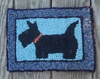 Scotty Dog Primitive Rug Hooking Kit with Cut wool Strips