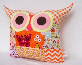 PATCHWORK / owl pillow /home decor/decoration cushion/pink/orange pillow/for hew /Express shipping/Ready to ship