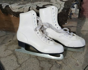 Vintage White Figure Ice Skates For Holiday Decor from Rustysecrets