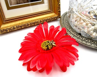 NEW Red Gerbera Flower Barrette - Antique Brass Bumble Bee - Hair Accessory