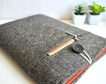 Laptop Sleeve, Computer Sleeve, Chromebook Case, Surface Case, MacBook Sleeve, Men's Laptop Case, Unisex - Brown Black Wool