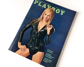 Vintage Playboy May 1971 / John Wayne Interview, Bunnies of New York, Playboy's Scuba-Do / Adult Mature Gentlemens Magazine