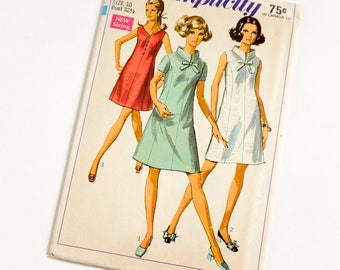 Vintage 1960s Womens Size 10 Mod Princess Line Dress Simplicity Sewing Pattern 7987 FACTORY Folds / bust 32.5 waist 24