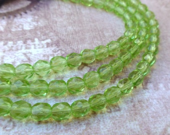 free UK postage - Strand of 25 Glass Fire Polished 6mm Beads Peridot