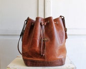 80s crossbody large bucket bag | distressed leather | made in Italy