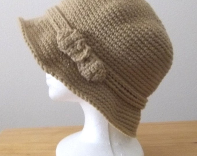 "Cloche - Crochet Hat with Brim and Bow - Size Medium 23"" - Color Lace/Beige"