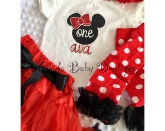Minnie Mouse - 4 pc set Birthday Outfit & accessories